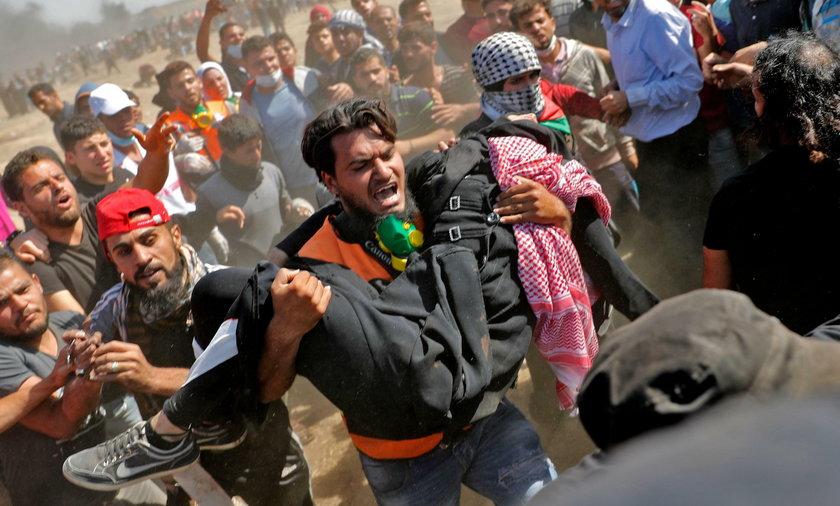 Krwawe starcia w Strefie Gazy po otwarciu ambasady USA w Izraelu