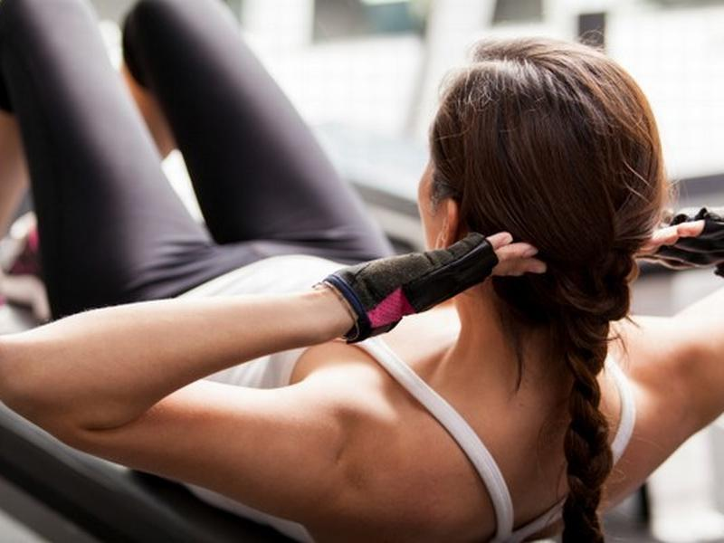 21cbaeb2fe05da Ćwiczenia mięśni brzucha - brzuszki nie mają sensu! OBALAMY MITY