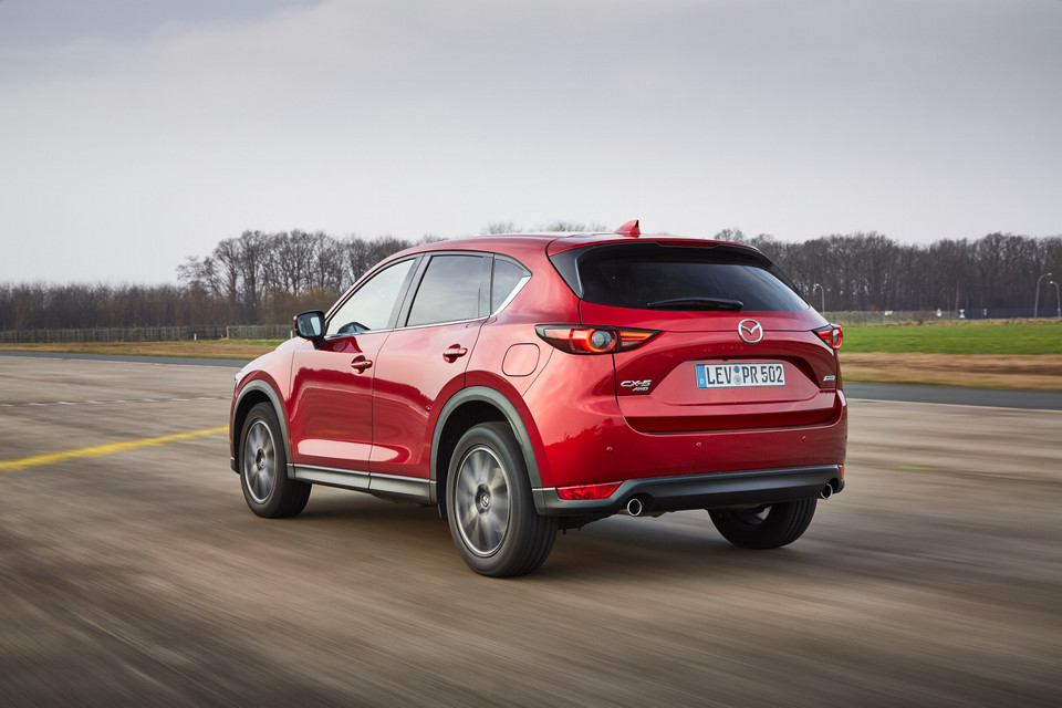 DS 7 vs. Mazda CX-5 i Volvo XC60