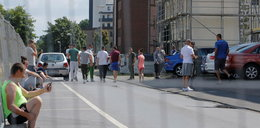 """""""Słyszałem nocą płacz kolegów"""". Dramat setek Polaków w zakładach mięsnych w Niemczech"""