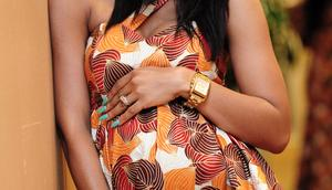 Loose fitting outfits during pregnancy(FashionGHANA)