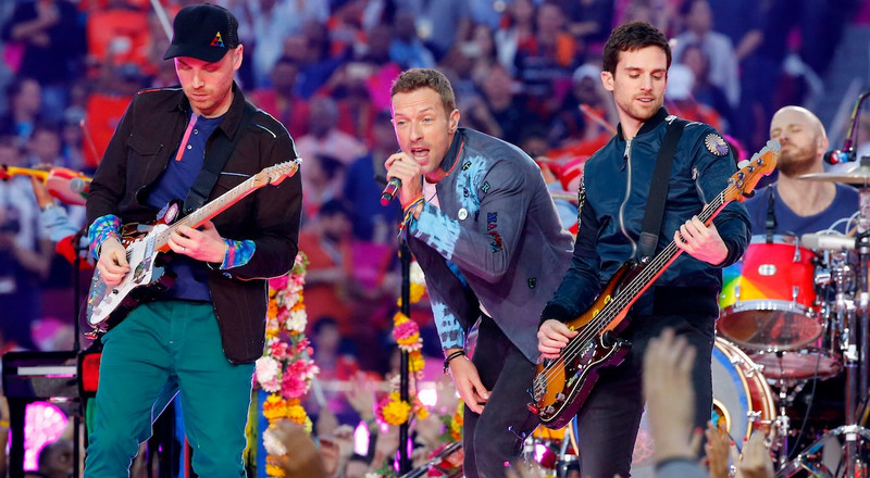 Coldplay features Femi Kuti and Stromae on, 'Arabesque'