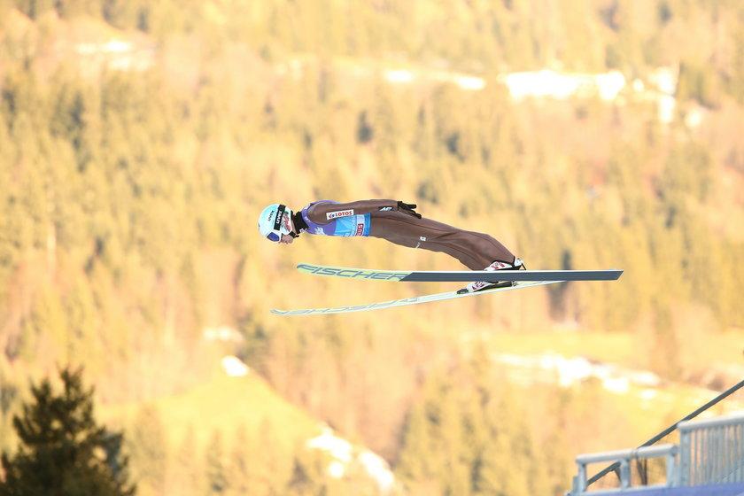Kamil Stoch we wspaniałym stylu wygrał drugi konkurs 66. Turnieju Czterech Skoczni w niemieckim Garmisch-Partenkirchen
