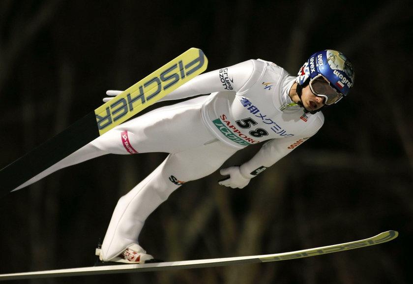 PŚ w Sapporo: Maciej Kot zwycięża! Kamil Stoch zawiódł