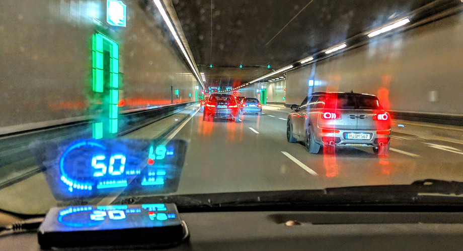 Head-up-Display Auto