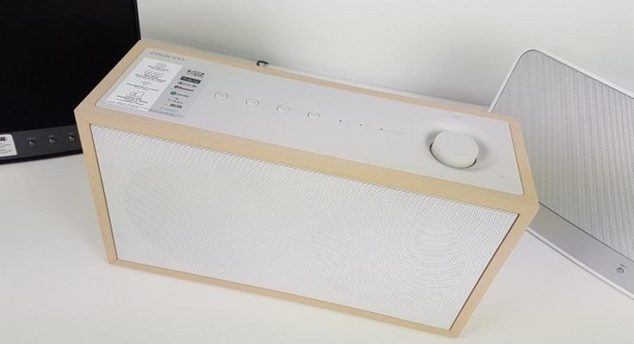 Onkyo NCP-302: Multiroom-Lautsprecher im Retro-Look
