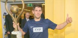 Mistrz drugiego planu w TVP Sport. Reporter był bezradny. Film podbija sieć