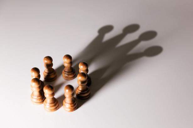 Tylko od wójta zależy, jakie zadania powierzy sekretarzowi, w rezultacie zakres kompetencji sekretarza może być określony odmiennie w różnych urzędach.