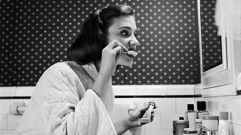 Już ponad pół wieku temu ta wiedza została wykorzystana, by Amerykanie zaczęli masowo kupować pastę do zębów