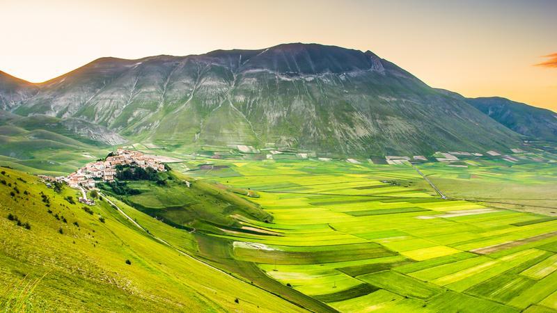 Castelluccio di Norcia, Monti Sibillini