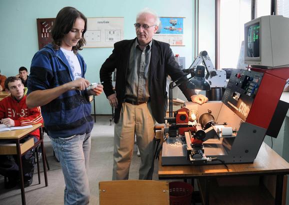 Politehnička škola u Kragujevcu će dobiti opremu vredu 500.000 evra