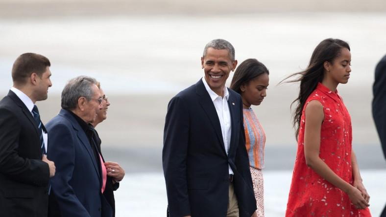 W tym tygodniu dziewczynki towarzyszyły rodzicom w podróży na Kubę i do Argentyny...