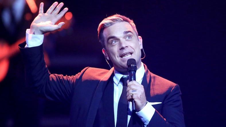 """Robbie Williams przedstawia klip do """"Shine My Shoes"""""""