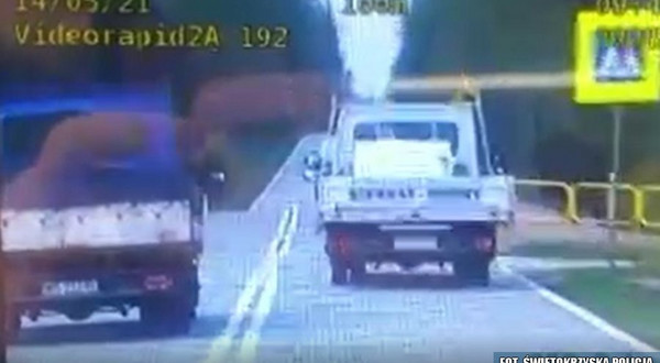 Kadr z nagrania z policyjnego wideorejstratora