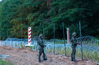 Na granicy polsko-białoruskiej powstało już prawie 15 kilometrów ogrodzenia