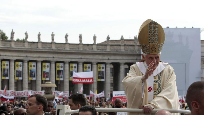 Afront na beatyfikacji? Watykan się tłumaczy