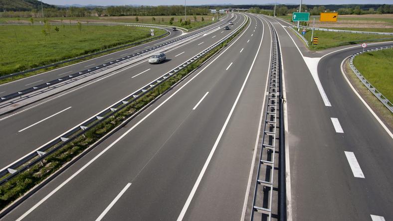 Ułatwienia dla kierowców na autostradach w czasie wakacji