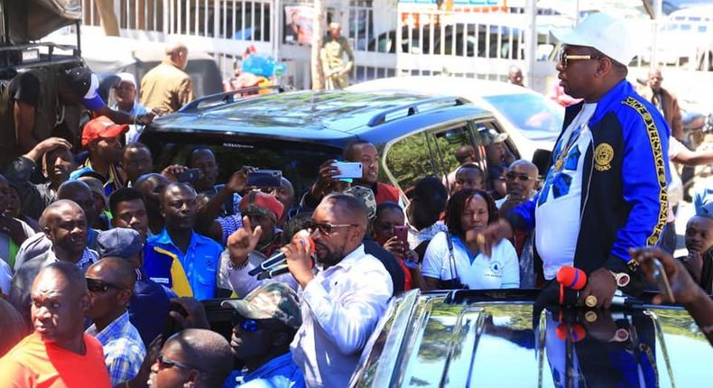 Sonko addressing the public in Nakuru on 04 Aug 2019. He reportedly caused drama after forcing hotel manager to taste his food.
