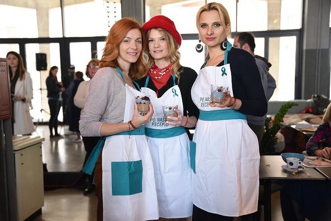 Glumice Bojana Stefanovic i Dragana Dabović i voditeljka Danijela Pantić spremale su zdrav čia puding za sve prisutne