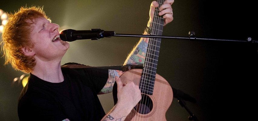 """Ed Sheeran nagrał z Eltonem Johnem świąteczną piosenkę! Chwali się, że jest """"zaj****ta"""""""