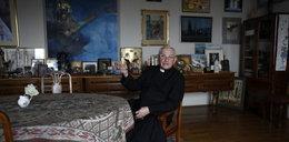 Oto pałace biskupów. Co na to papież?