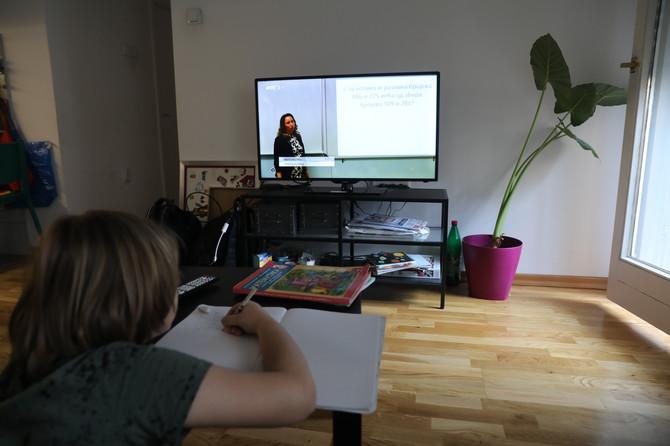 Onlajn nastavu deca pohađala tokom višemesečnog karantina