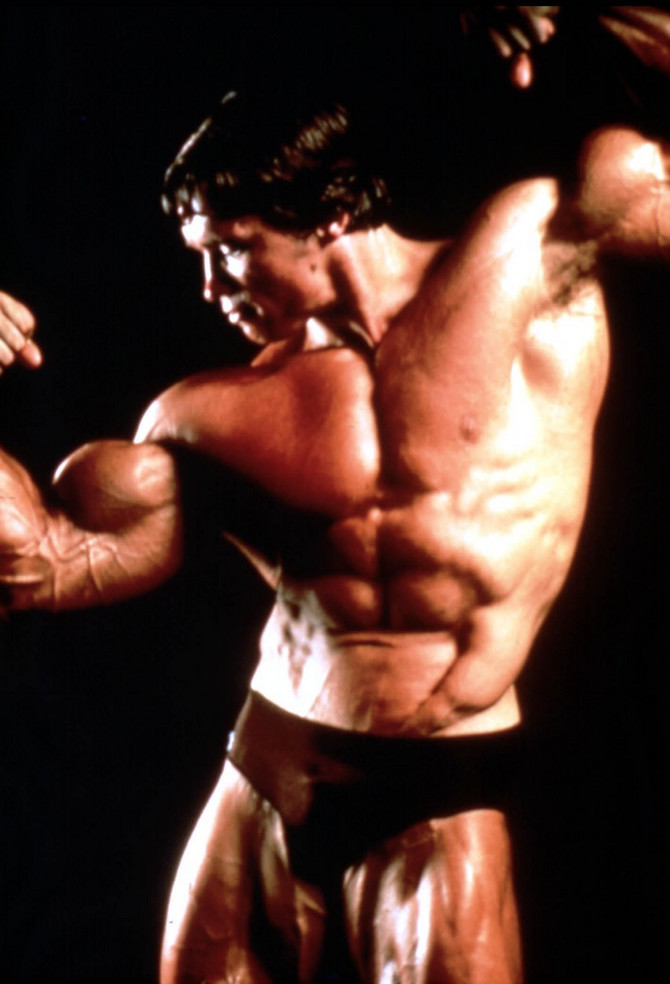 Švarceneger je karijeru zaočeo kao bodibilder, posle čega je usledio proboj u svet filma