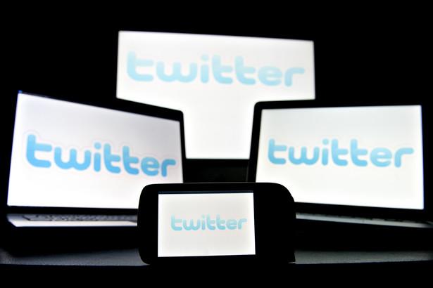 Prawnicy korzystający z Twittera dzielą się na tych, którzy traktują serwis jako narzędzie do komunikacji czysto służbowej oraz tych, którzy nie stronią od publikowania prywatnych opinii