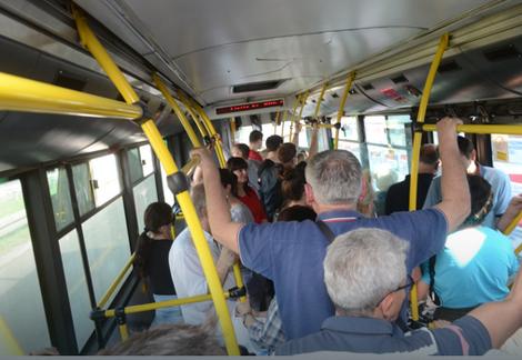 U autobusima mnogo više od 30 stepeni
