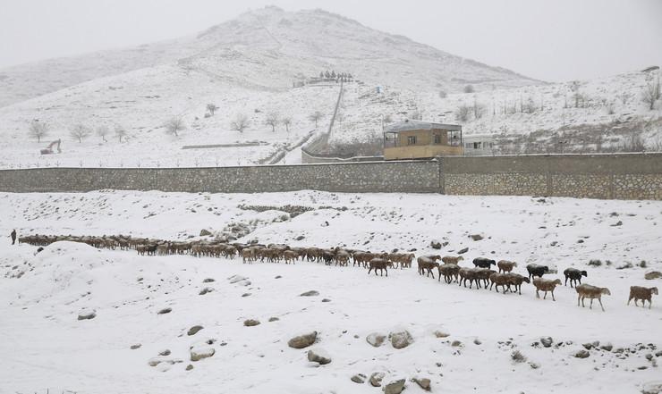 Avganistan, sneg