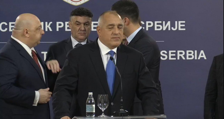 Kvadrilaterala, Zvaničnik, Pozlilo , Vanja Udovičić