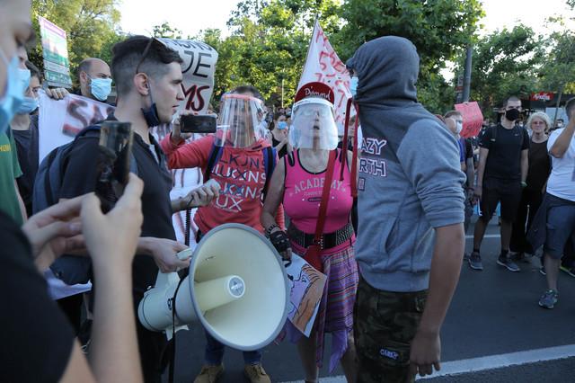 Sukob desničara i levičara
