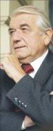 Zbigniew Religa, minister zdrowia,     podkreśla, że w kolejnych latach płace w służbie zdrowia będą w     dalszym ciągu rosły