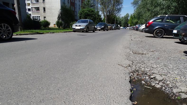 Fragment ulicy Lipskiej przez, który nie można przejechać bez specjalnego identyfikatora