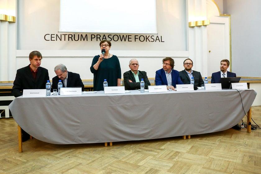 """Kurski """"zarżnie"""" Polsat i TVN? Członek KRRiT chwali ten pomysł"""
