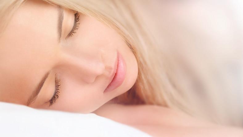 Dziecko źle sypia? Może mieć zaburzenia dojrzewania