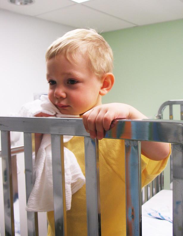 Według przeprowadzonych na zlecenie resortu badań, 24 proc. ankietowanych nie ma nic przeciw biciu dzieci, 19 proc. uważa natomiast, że pogróżki i zastraszanie dziecka to jeszcze nie przemoc.