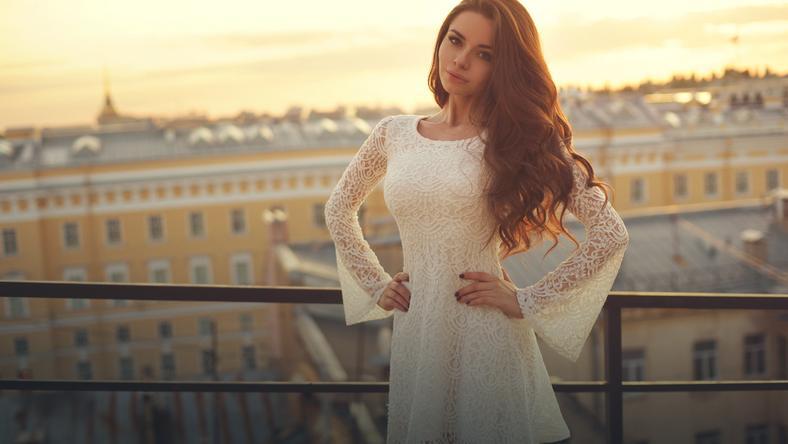 aa633ed515 Koronkowe sukienki. Idealne na wieczór - Kobieta