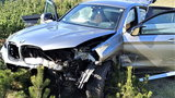 Dramatyczny wypadek na obwodnicy Wrocławia! BMW spadło ze skarpy