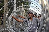 migranti madjarska ograda zica01 foto O Bunic