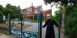 Ksiądz pielgrzym z Łodzi. Pieszo poszedł do nowej parafii