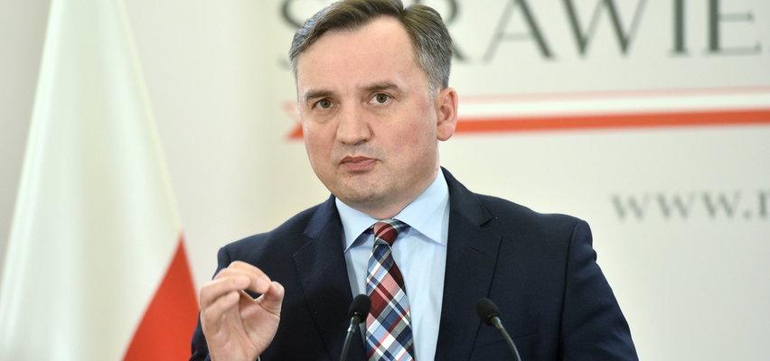 Prokurator generalny chce odebrać immunitet prezesowi NIK. Opozycja uratuje Banasia?