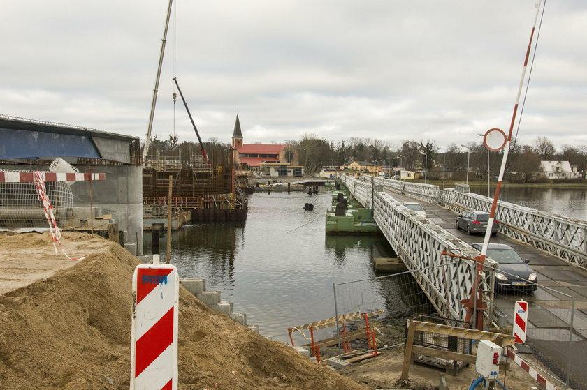 Budowa mostu w Sobieszewie