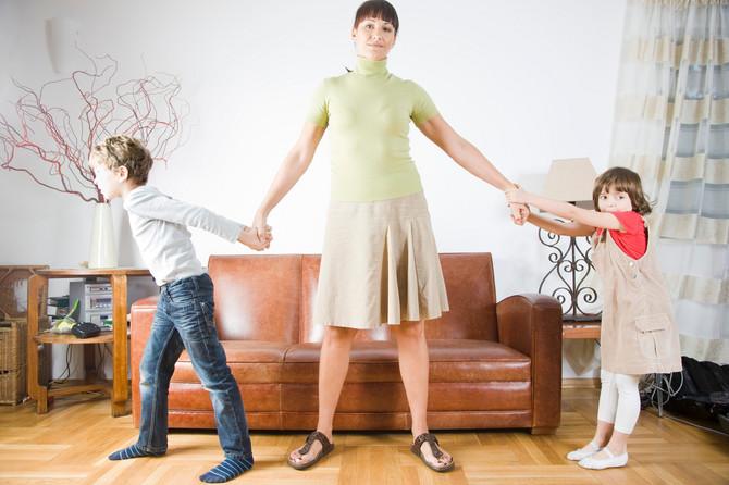 """10 otrovnih roditeljskih fraza: """"To se tako ne radi"""", """"Ako ne kreneš, tu ću da te ostavim"""", """" Biće sve ok""""..."""