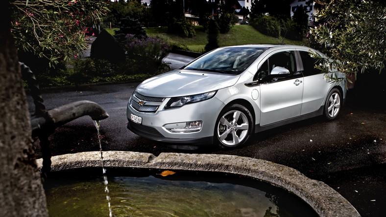 Chevrolet volt, a dokładniej mówiąc właściciele tego modelu, zaoszczędzili łącznie tyle benzyny, ile mieści w swoich zbiornikach spory tankowiec