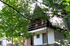 Ceo plac, pogled na reku ili šumu i krov nad glavom: Širom Srbije možete kupiti prelepe vikekendice koje koštaju samo do 10.000 EVRA