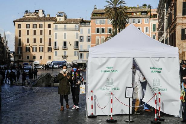 Testy na koronawirusa w Rzymie