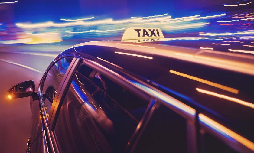 Taksówkarz chciał naciągnąć klienta. Ten go zaskoczył
