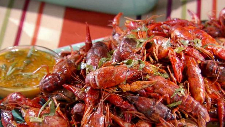 5 incredible health benefits of eating crayfish