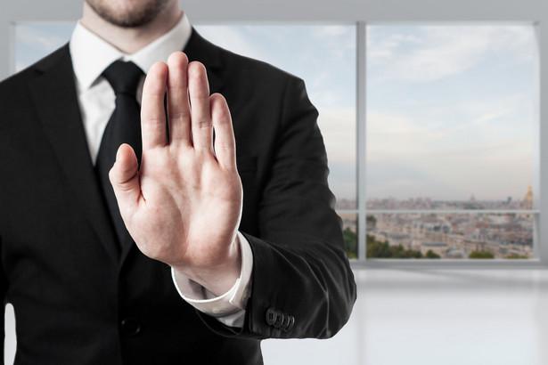Z ważnych powodów rzecznik może odmówić udzielenia pomocy zarówno przed przystąpieniem do pracy jak i w jej trakcie